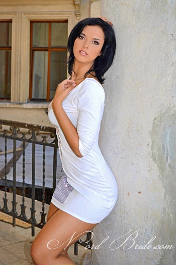 Elena,オデッサ(ウクライナ)