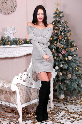 Yelena,スミー(ウクライナ)