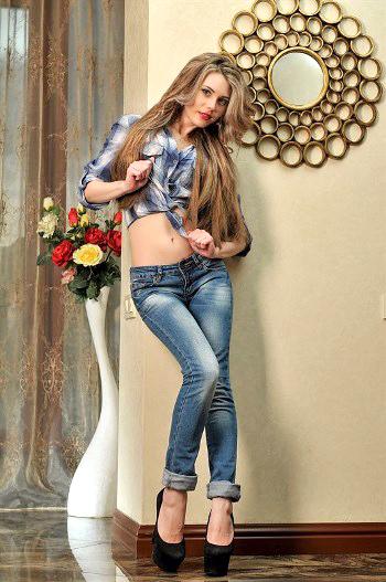 Julia,オデッサ(ウクライナ)